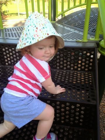 Little Sun Hat || Review + Giveaway ||