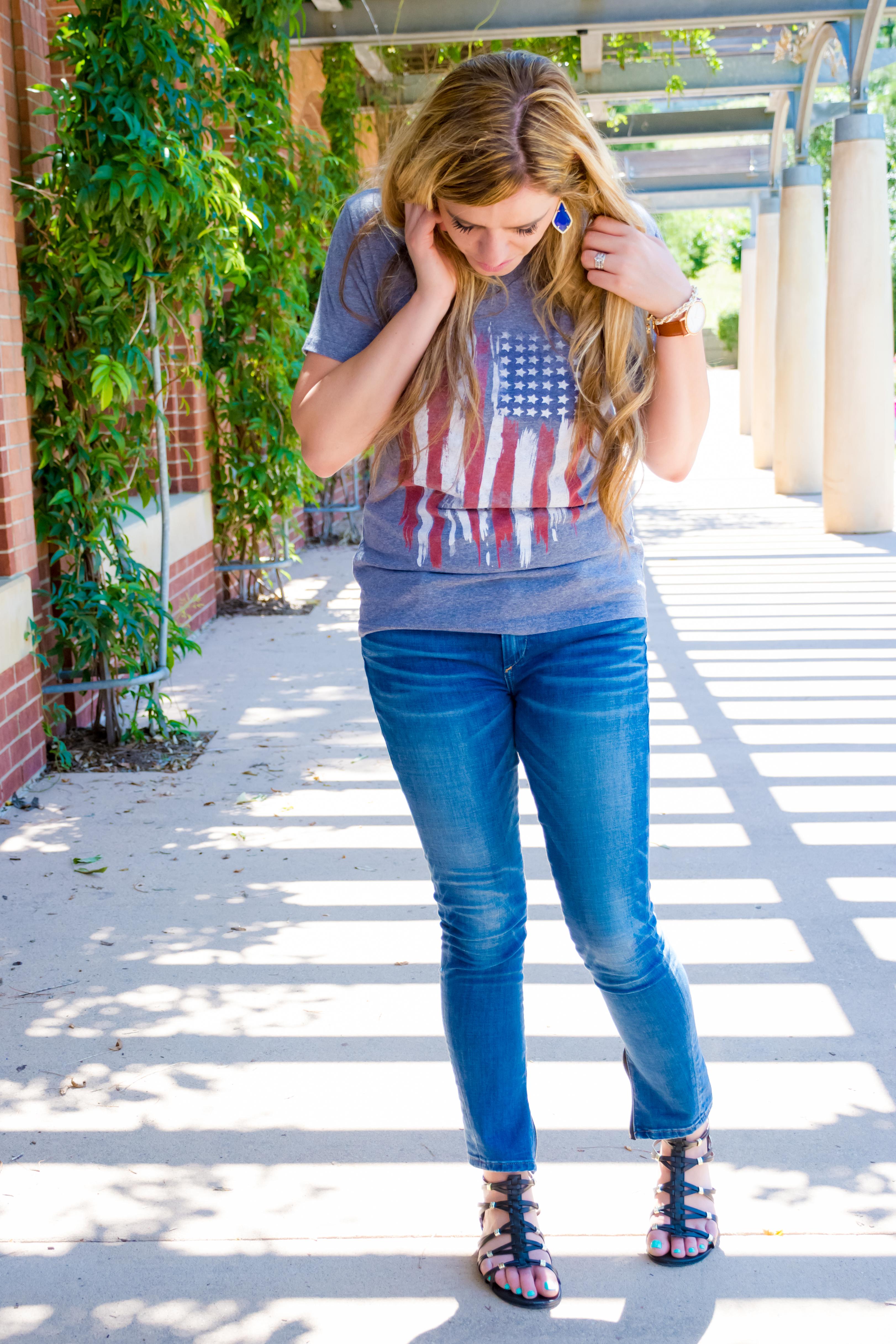 Texas, tee, flag, mom fashion, skinny jeans, gladiator sandals