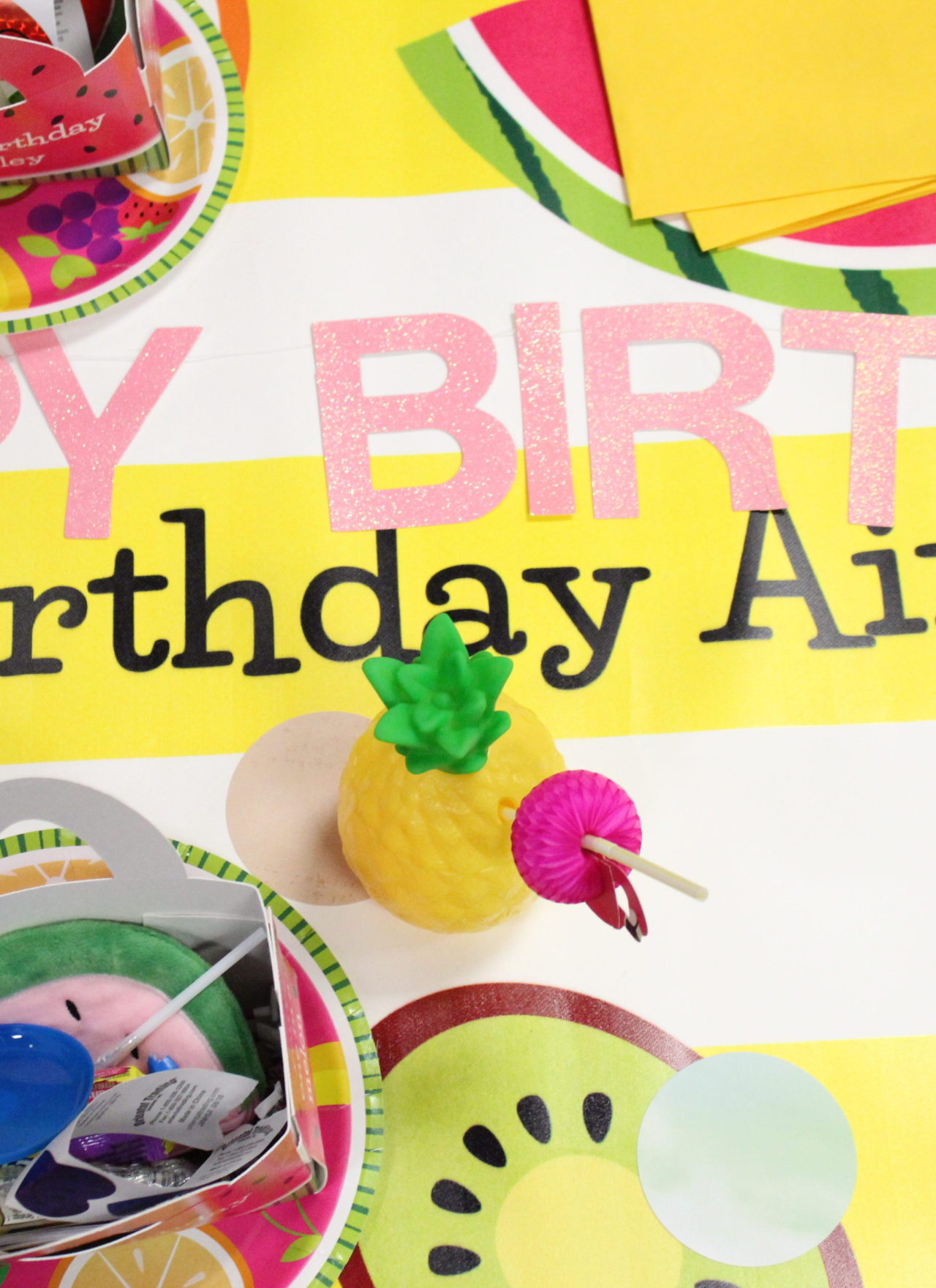 How to throw a Tropical themed Birthday Party!